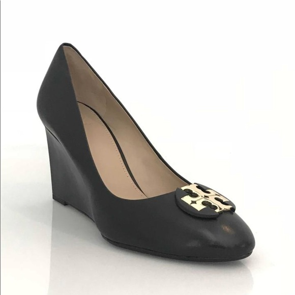 c0ec13fb677f Tory Burch Luna 85mm Blk Leather Wedge- NIB Sz 8.5